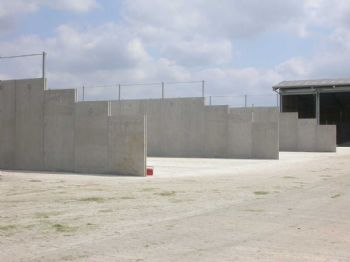 CONCRETE SILAGE CLAMP WALLS FOR ANAEROBIC DIGESTION PLANTS