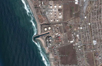 The new desalination plant at Playas de Rosarito will be on the coast adjacent to the existing power station