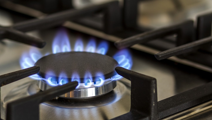 "With the right incentives, the government can eventually ""end the UK's dependency on natural gas,"" the think-tank affirms"