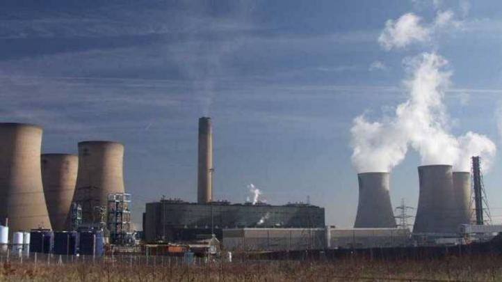 There are 7 active coal-fired power stations in the UK, all of which have been offline for a fortnight. Pictures: SSE's Fiddlers Ferry plant in Cheshire