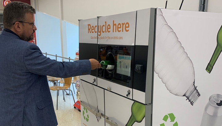 Sainsbury's is offering a 5p coupon for every drinks container returned via the machine