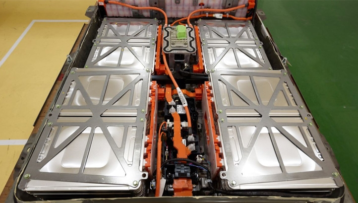 The average lithium-ion EV battery has a lifespan of 15-20 years. Image: Akio Kon/Bloomberg