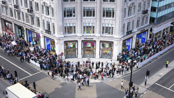 Unlike previous ambitions, Microsoft's new target covers Scope 3 emissions. Pictured: Microsoft's flagship UK store on Oxford Street, London.