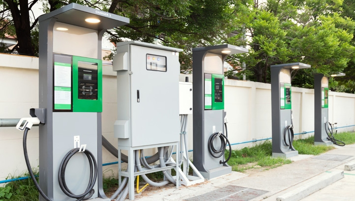 For larger stations, up to 12 rapid charge points could be installed