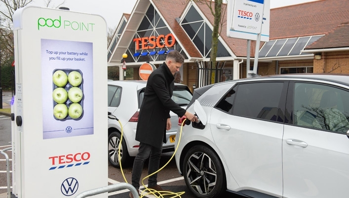 After pledging to install EV chargers at 600 supermarket, Tesco has joined the EV100 and committed to electrifying its fleet of 5,500 vehicles by 2030