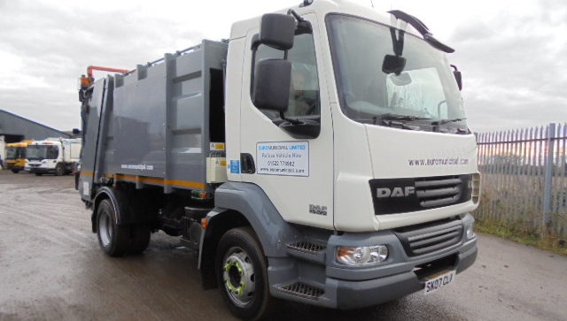 FOR SALE: 2007 YEAR 13T DAF LF55 REFUSE COLLECTION VEHICLE WITH DENNIS BODY AND TERBERG LIFT