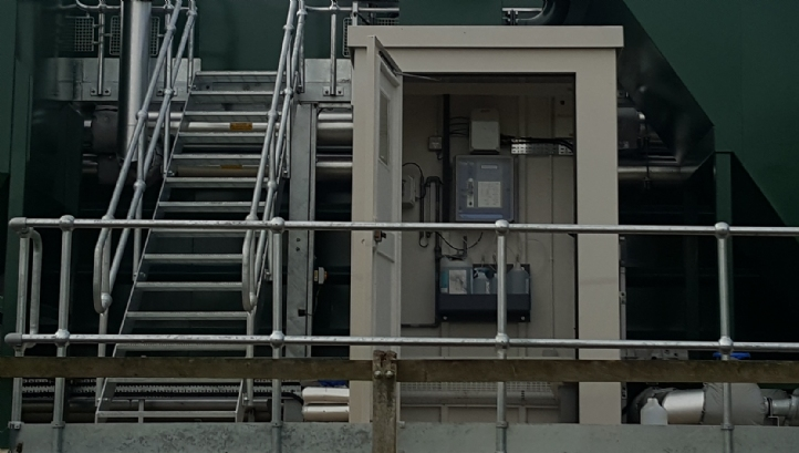 Bespoke monitoring stations including pre-installation of water quality instrumentation