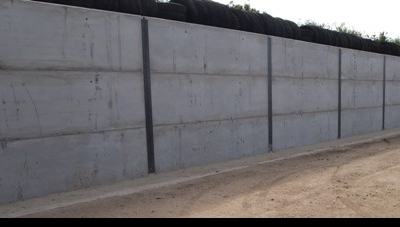 KINGPOST RETAINING WALLS - PRECAST WALL PANELS