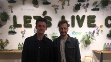 edie's senior report Matt Mace speaks to Ecover's head of long-term innovation Tom Domen at the 'Rubbish cafe'