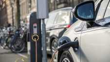 The UK's EV stock experienced 89% compound annual growth between 2011-2017, compared to a 44% growth rate for chargepoints