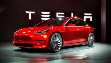 Tesla had announced plans to reduce the purchase price of its Model 3 car to £26,500