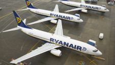 Ryanair transported 130 million passengers and declared  9.9 megatonnes of greenhouse gas emissions in 2018