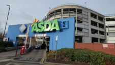 Asda has removed 6,500 tonnes of plastic packaging from its own-brand lines to date. Image: Elliott Brown