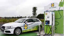 Lidl is already operating rapid EV chargers at 20 of its Irish stores (pictured). Image: Lidl Ireland