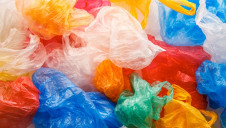 More than 215 billion pieces of flexible plastic packaging are put on the UK market every year, a recent study concluded