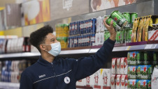 The changes will tackle 50 million pieces of plastic within a year. Image: Tesco